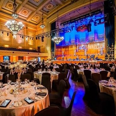 8 Melbourne-Town-Hall-Portico-min